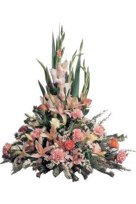 Traditional Pink posy