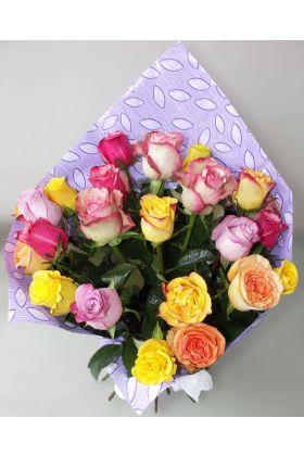 Hand tied mixed color Kenyan roses